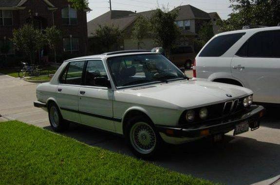 1983 bmw 533i specs