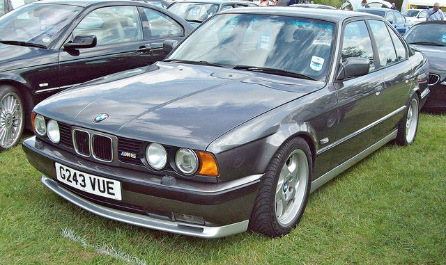 BMW M Technical Specifications Interior And Exterior Photo - 1990 bmw m5