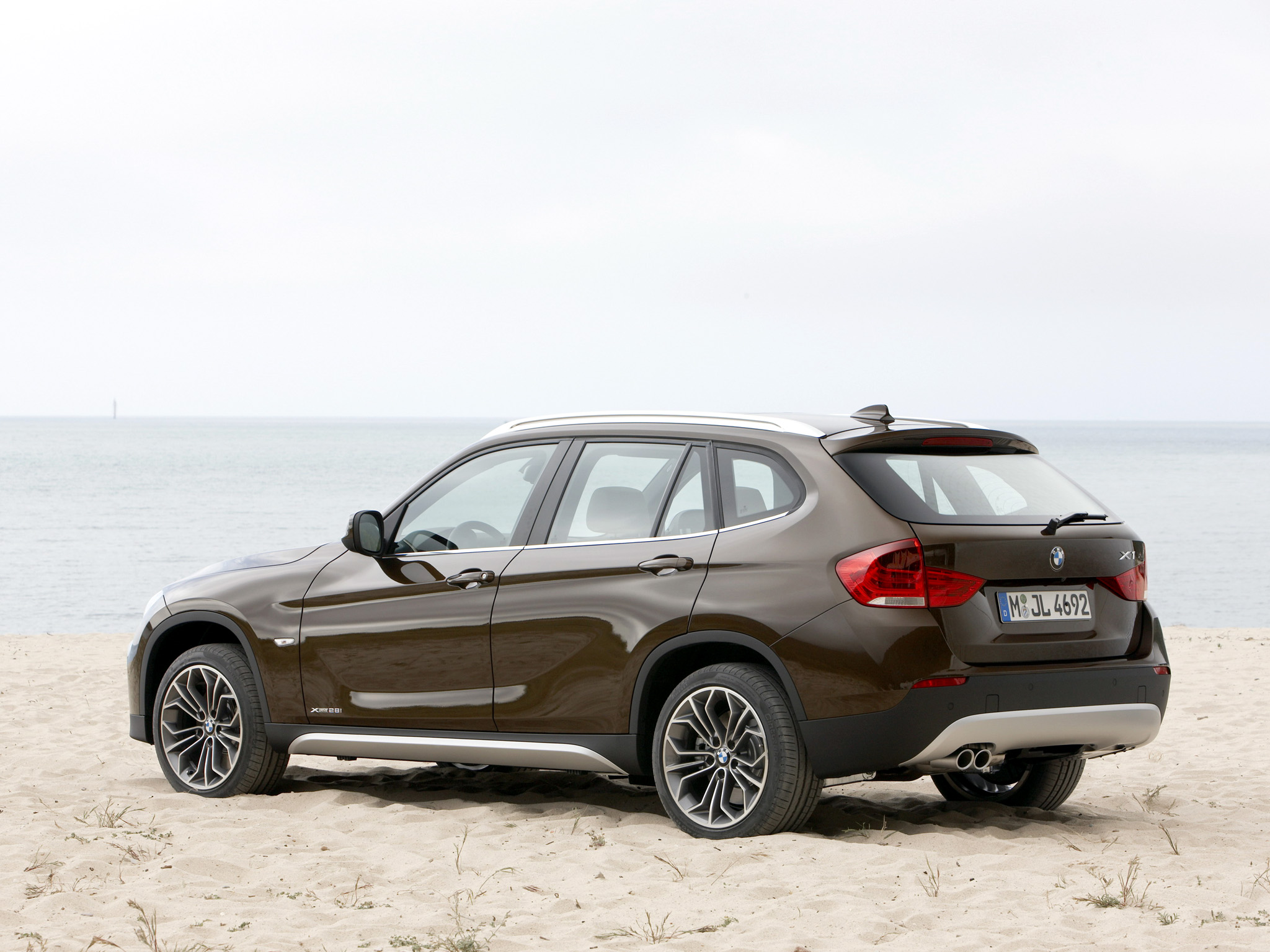 bmw x1 xdrive28i 2009 technical specifications interior. Black Bedroom Furniture Sets. Home Design Ideas