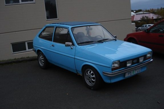 Ford Fiesta 16 1982 Technical specifications  Interior and