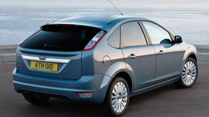 Ford Focus 2 0 Ghia Review Auto Cars