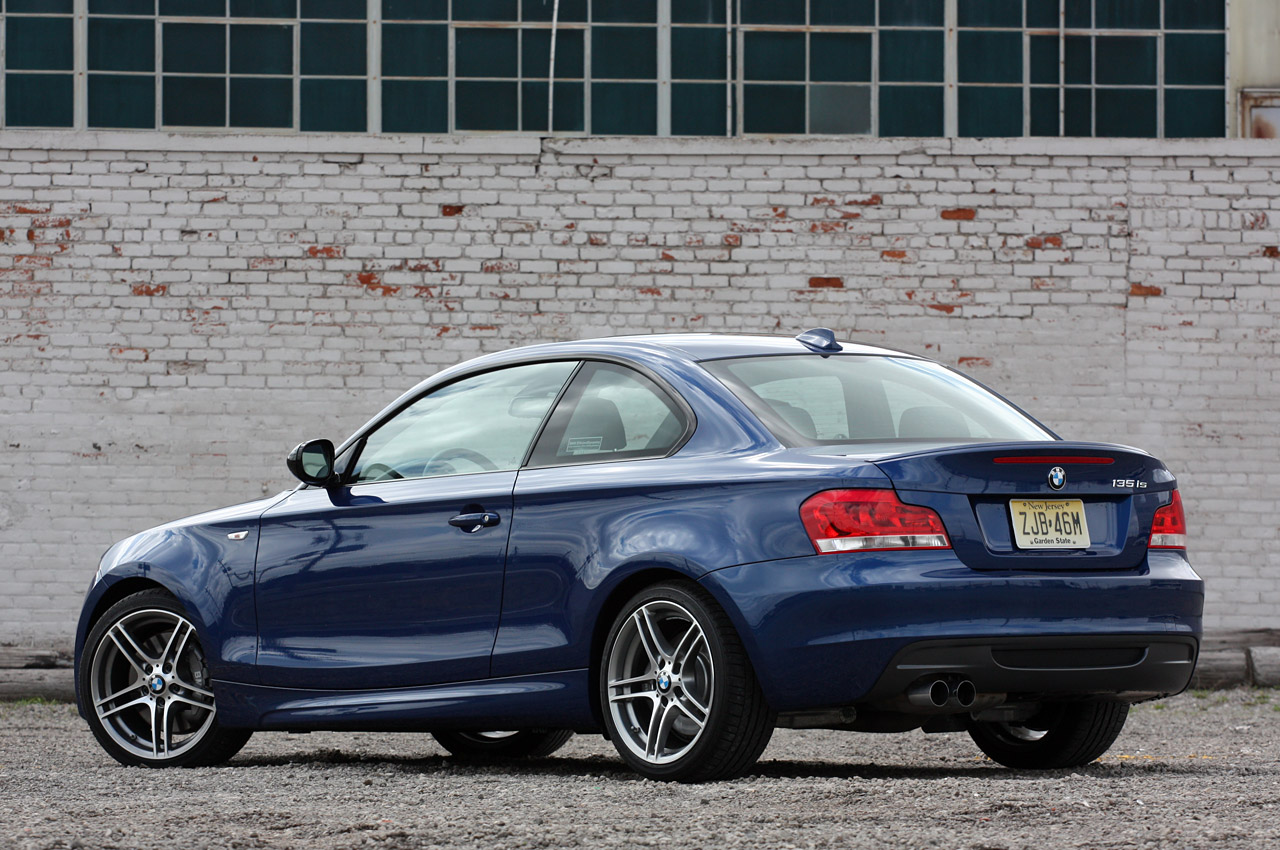 BMW 1 series 135is 2013 photo - 1