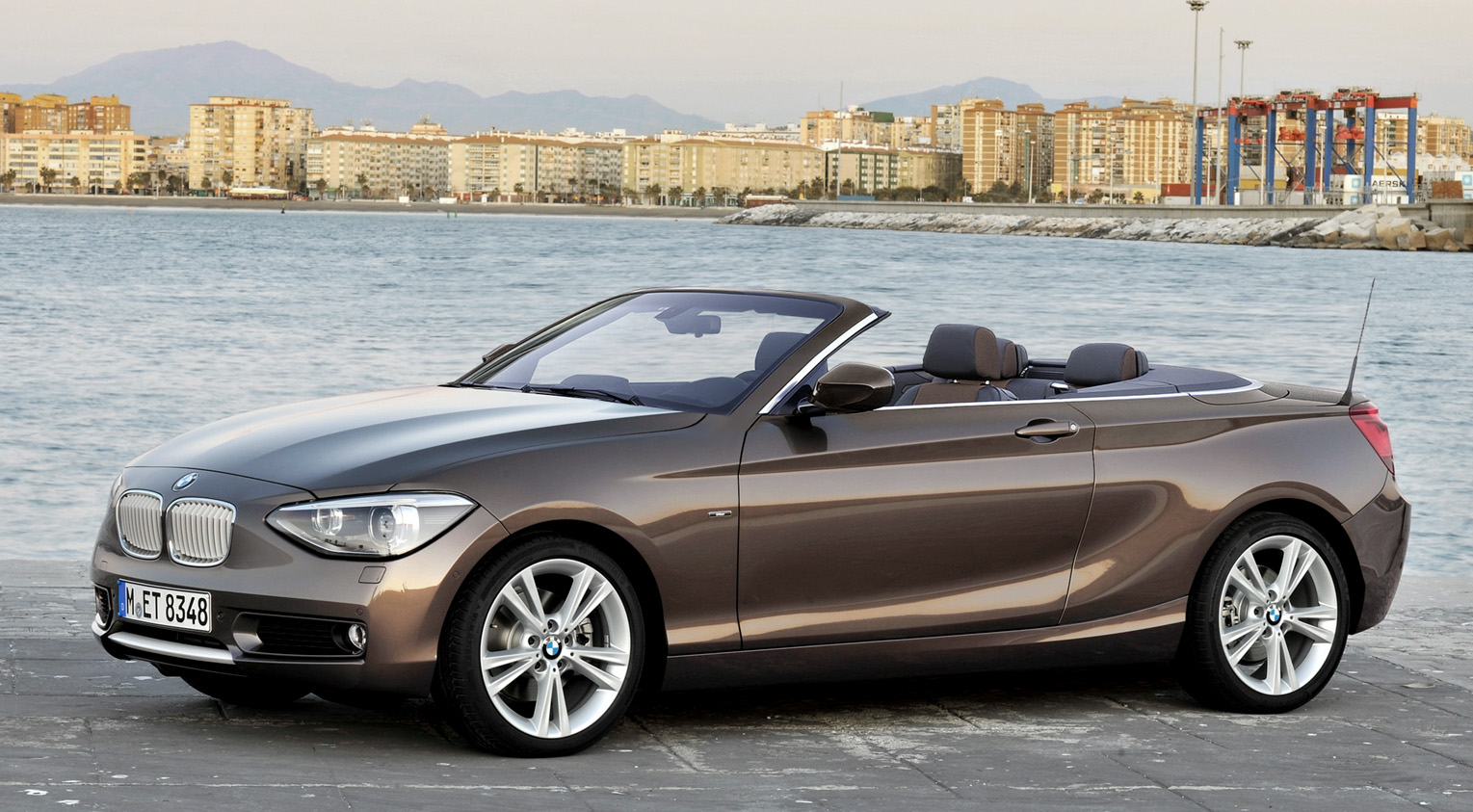 BMW 1 series 135is 2013 photo - 11