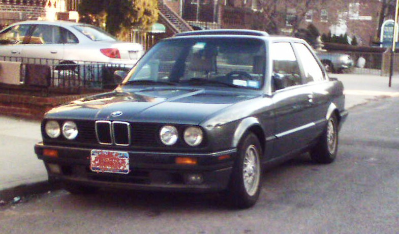 BMW 3 series 318is 1990 photo - 11