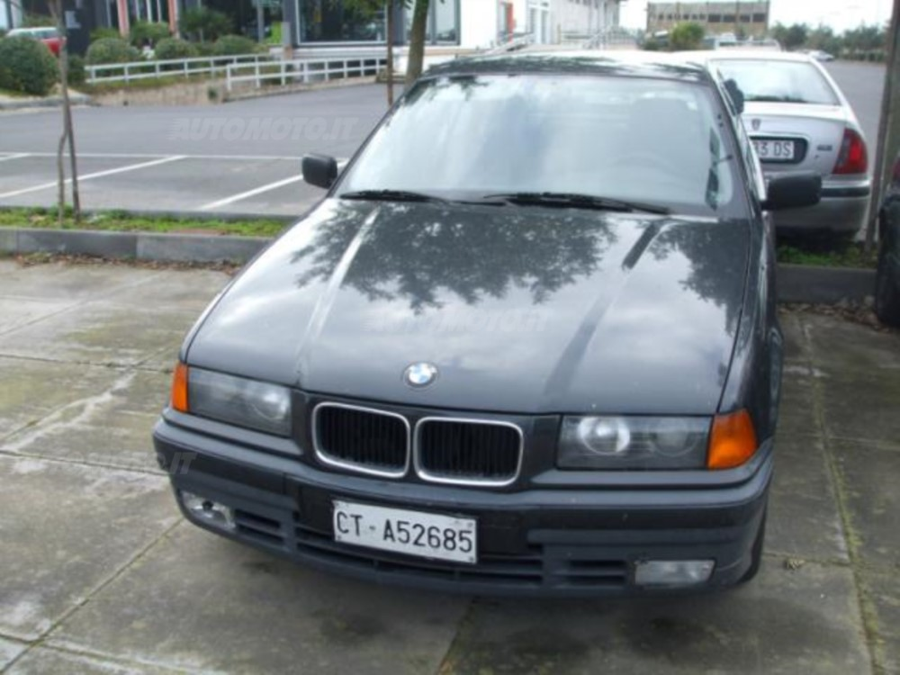 BMW 3 series 318is 1990 photo - 9