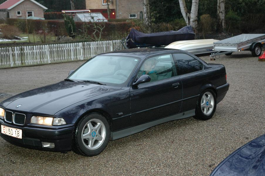 BMW 3 series 318is 1993 photo - 3