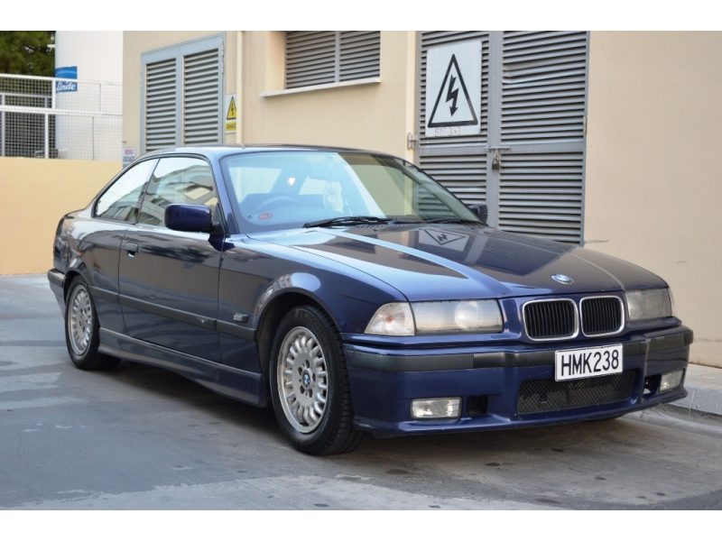 BMW 3 series 318is 1997 photo - 1
