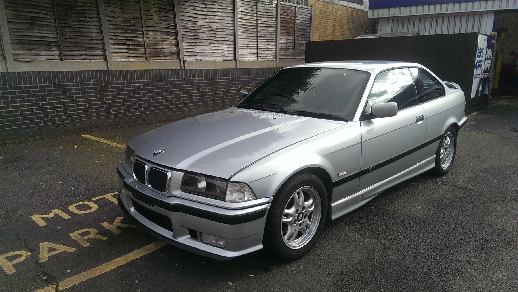 BMW 3 series 318is 1997 photo - 11