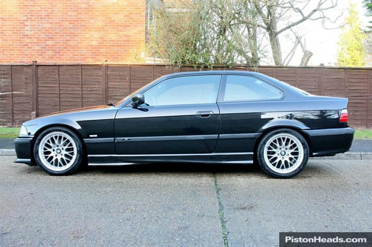 BMW 3 series 318is 1997 photo - 3