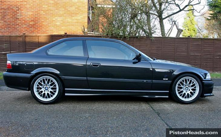BMW 3 series 318is 1997 photo - 6