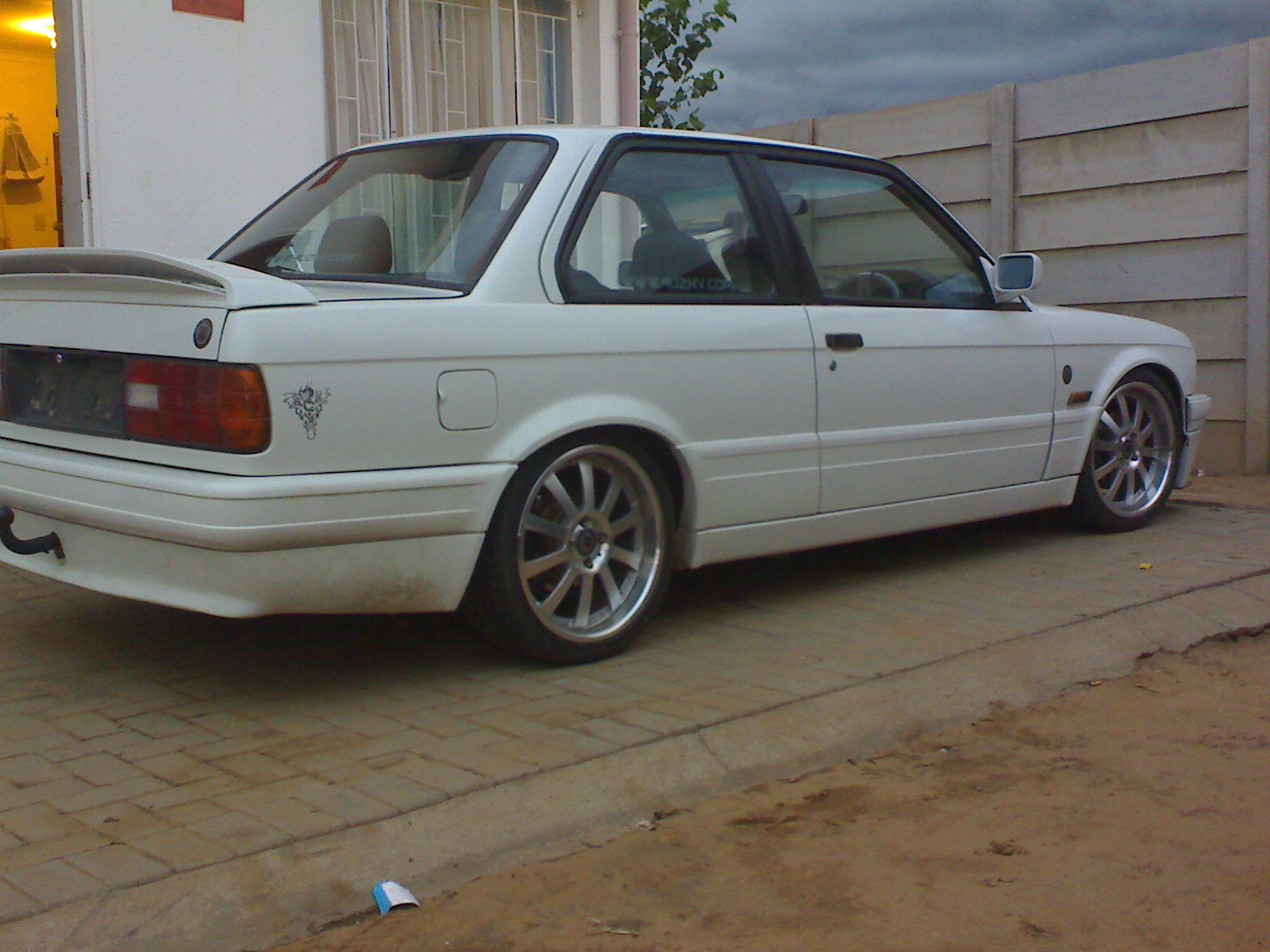 BMW 3 series 325is 1991 photo - 7