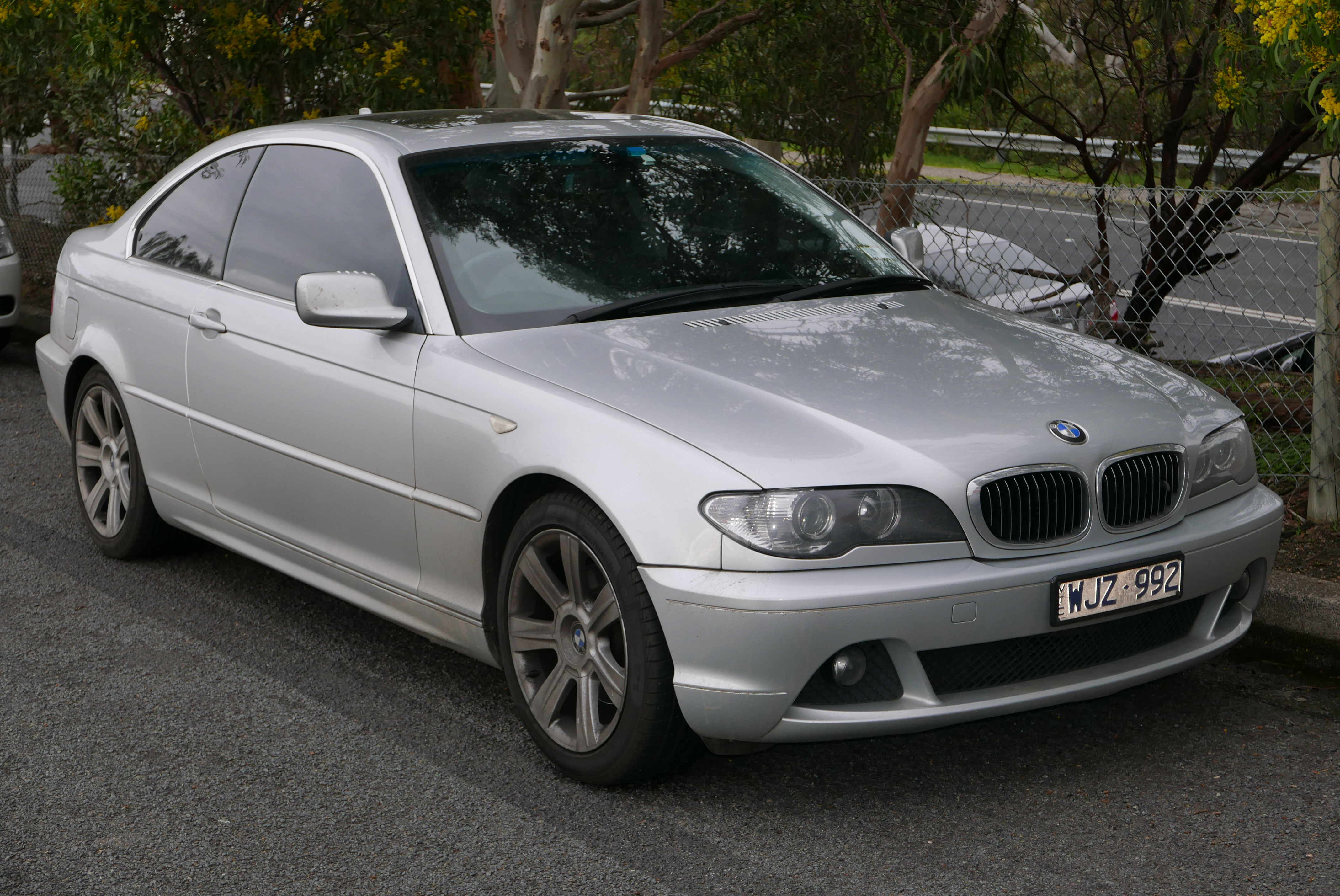 BMW Series I Technical Specifications Interior And - 2004 bmw 328i