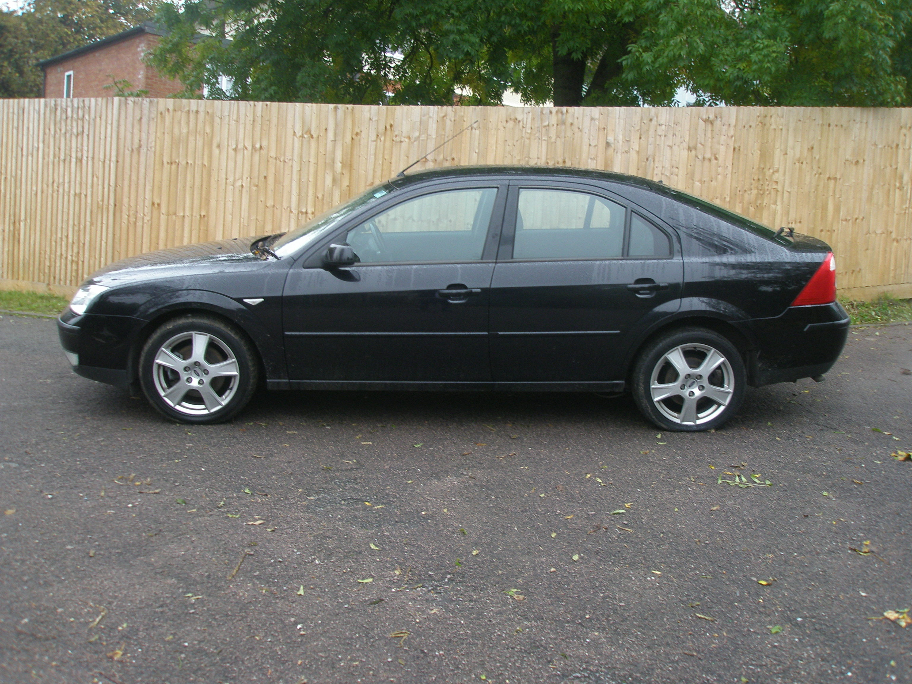 Ford Mondeo 1.6 2004 photo - 7