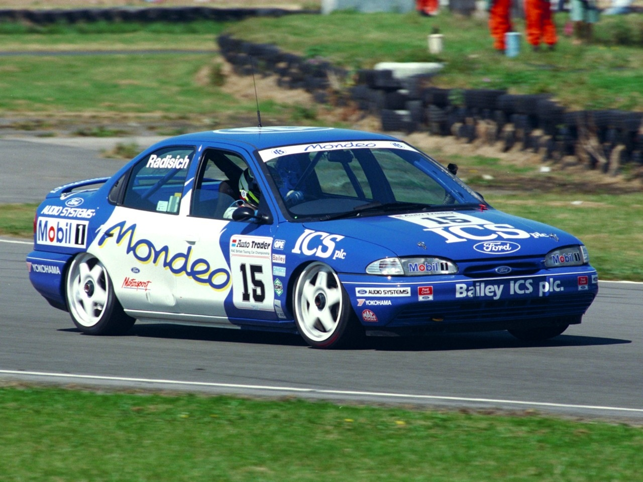 Ford Mondeo 2.0 1993 photo - 2