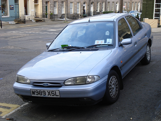 Ford Mondeo 2.0 1995 photo - 1