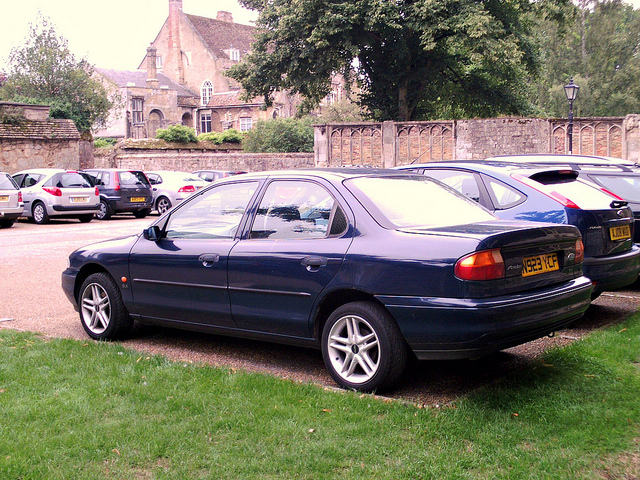 Ford Mondeo 2.0 1996 photo - 3