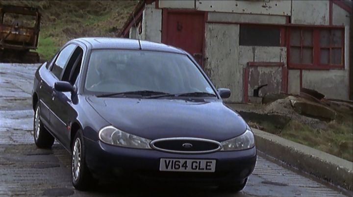 Ford Mondeo 2.0 1999 photo - 2