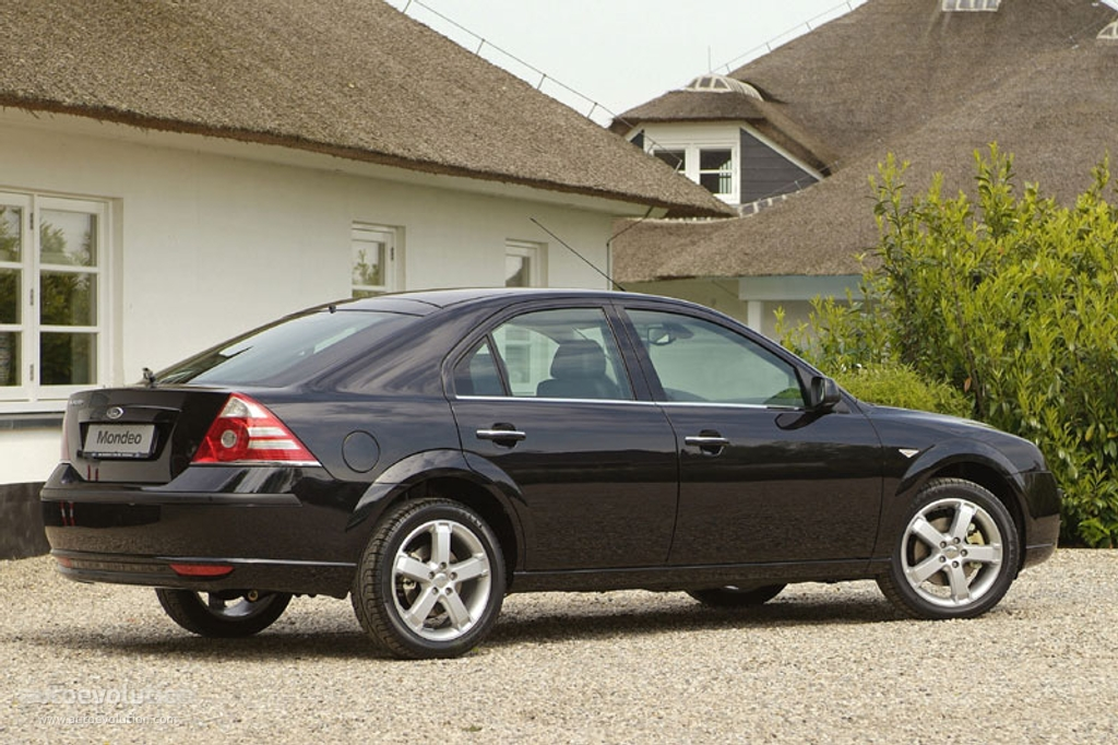 Ford Mondeo 2.0 2005 photo - 4