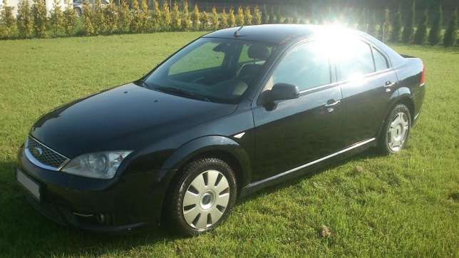 Ford Mondeo 2.2 2004 photo - 9