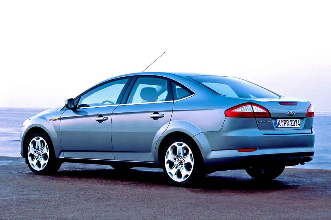 Ford Mondeo 2.2 2009 photo - 11
