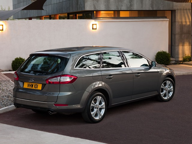 Ford Mondeo 2.3 2013 photo - 10