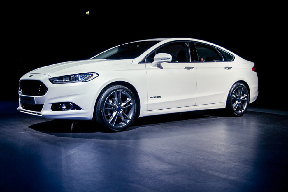 Ford Mondeo 2.3 2013 photo - 7