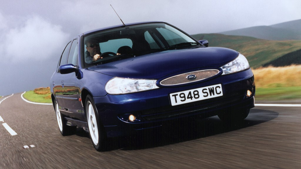 Ford Mondeo 2.5 1993 photo - 1