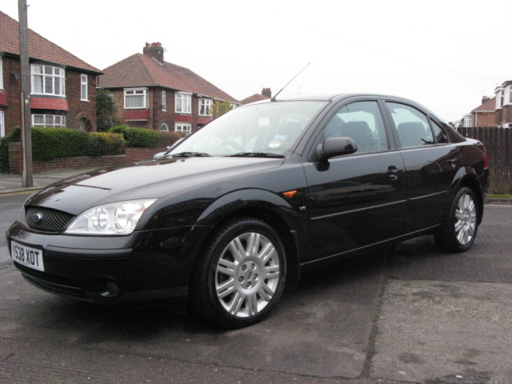 Ford Mondeo 2.5 2001 photo - 1