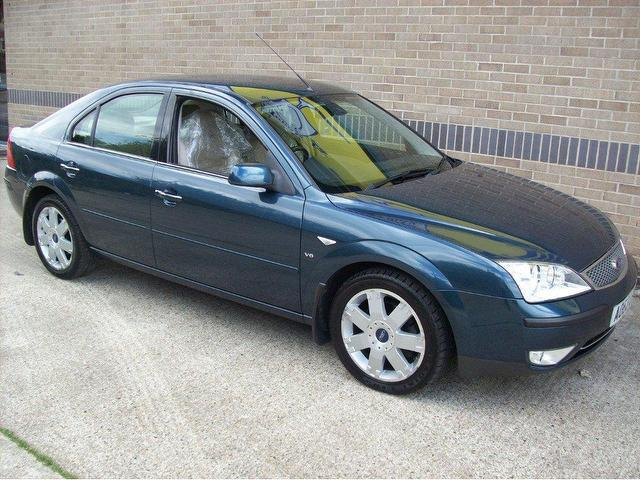 Ford Mondeo 2.5 2003 photo - 11