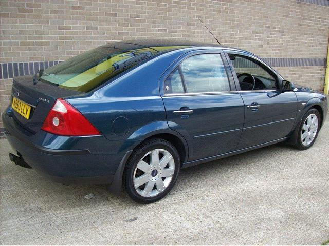Ford Mondeo 2.5 2003 photo - 4
