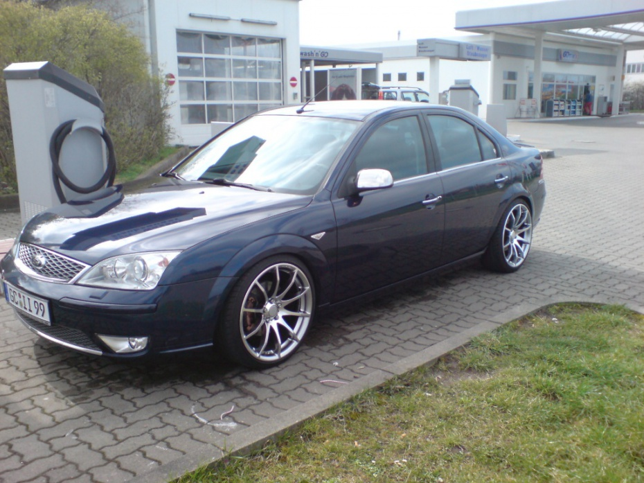 Ford Mondeo 3.0 2005 photo - 6