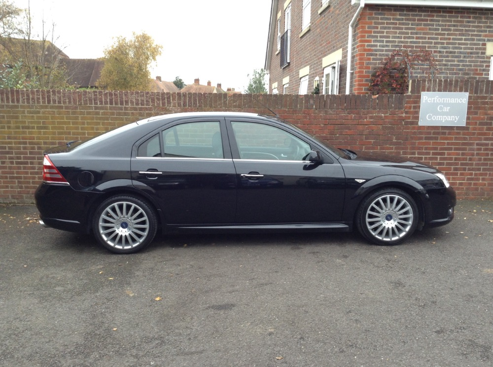 Ford Mondeo 3.0 2006 photo - 10