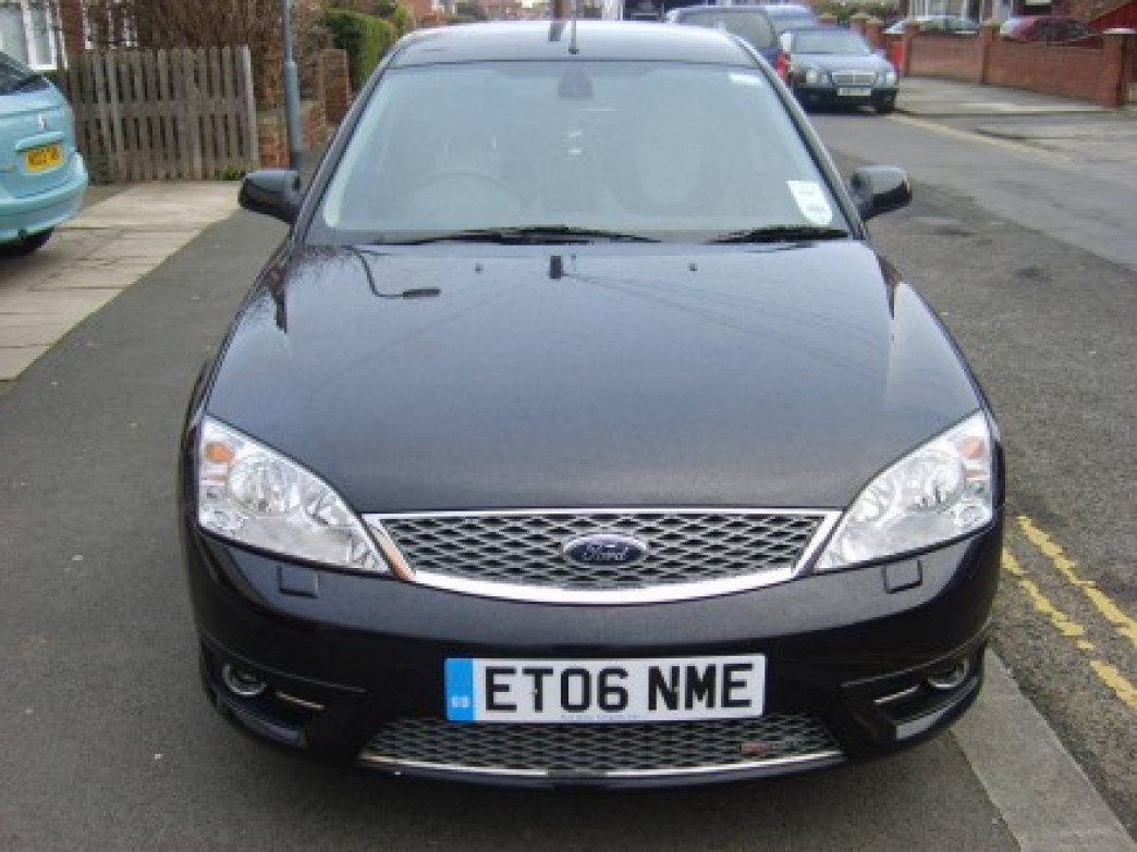 Ford Mondeo 3.0 2006 photo - 2