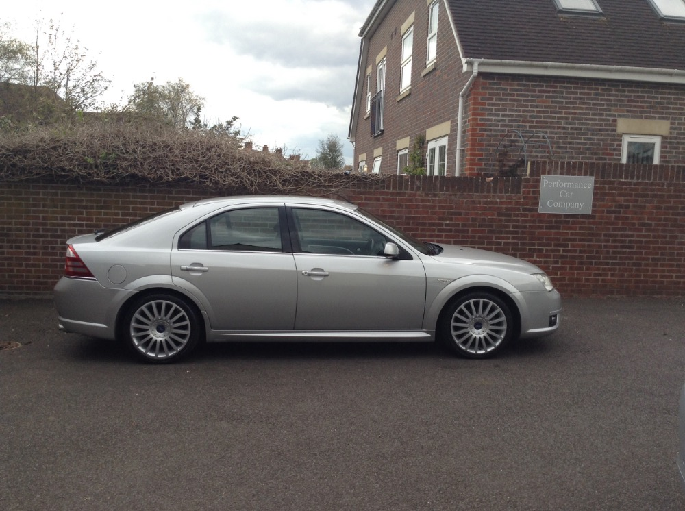 Ford Mondeo 3.0 2006 photo - 9