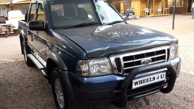 Ford Ranger 2.5 2006 photo - 2