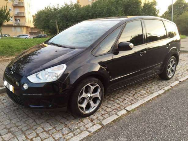 Ford S-Max 1.8 2010 photo - 11