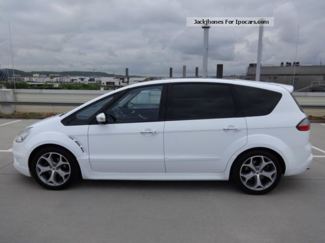 Ford S-Max 2.0 2009 photo - 1