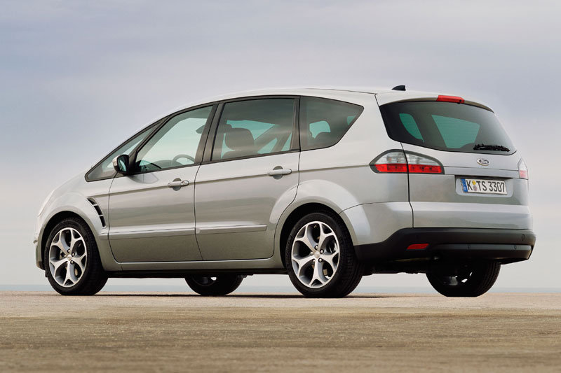 Ford S-Max 2.0 2009 photo - 10