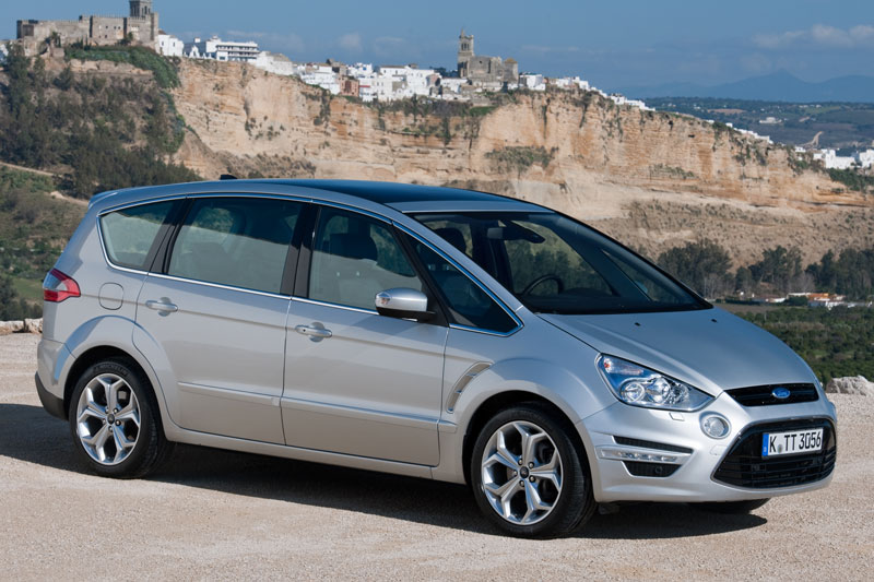 Ford S-Max 2.0 2010 photo - 2
