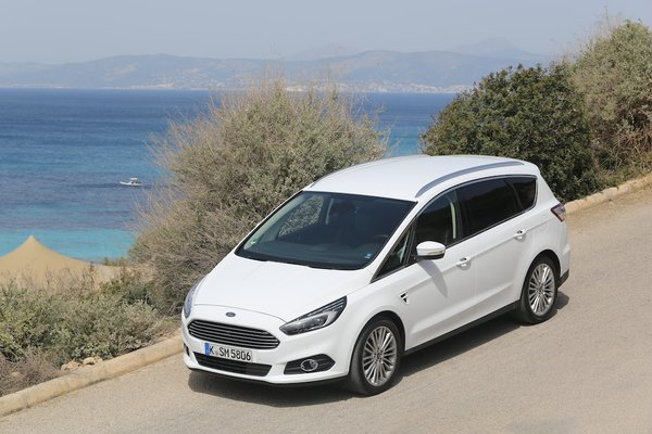 Ford S-Max 2.2 2007 photo - 7