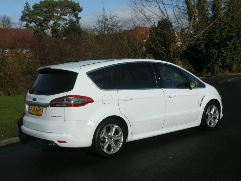 Ford S-Max 2.2 2011 photo - 6