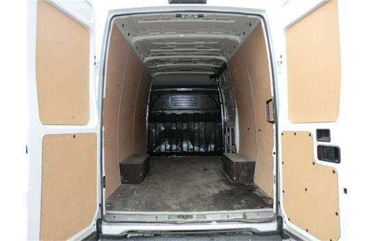 IVECO Daily 2.3 2013 photo - 11