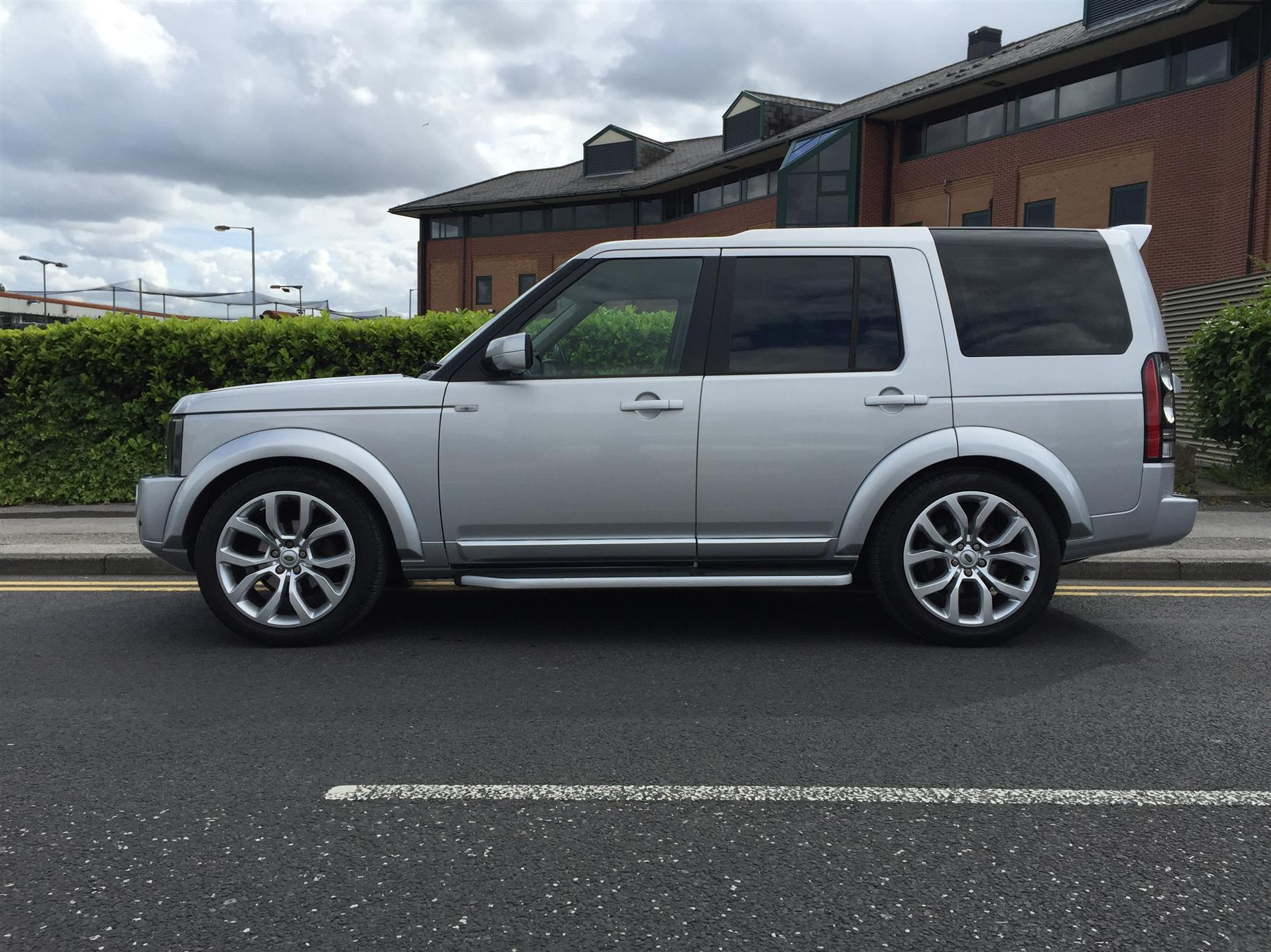 Land Rover Discovery 2.7 2005 photo - 12