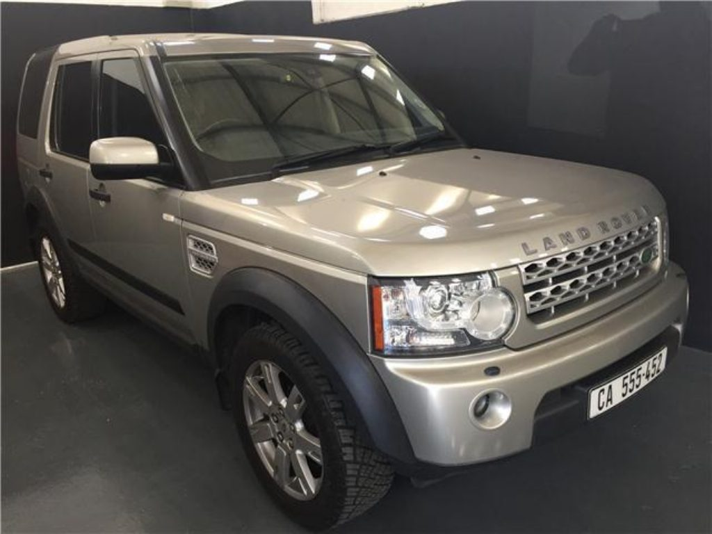 Land Rover Discovery 3.0 2010 photo - 9