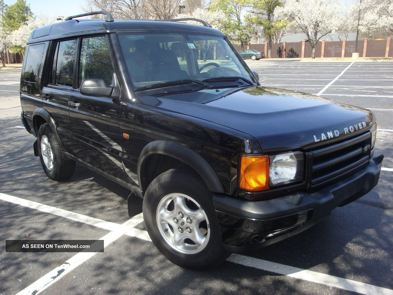 Land Rover Discovery 4.0 2000 photo - 2
