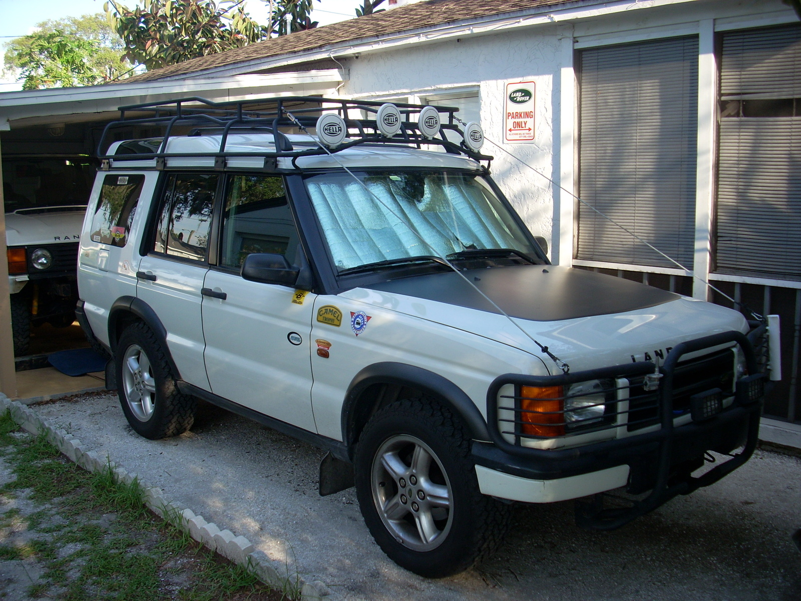 Land Rover Discovery 4.0 2000 photo - 4