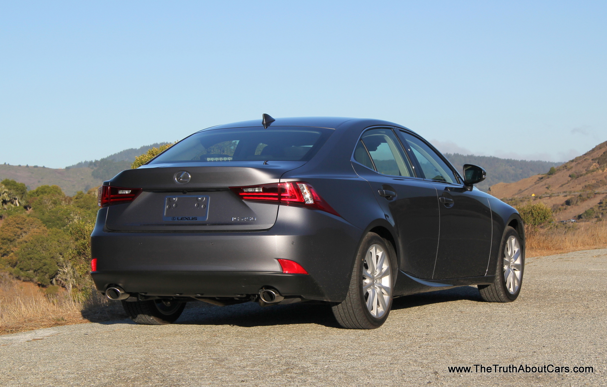 lexus is 250 2014 technical specifications interior and exterior photo. Black Bedroom Furniture Sets. Home Design Ideas