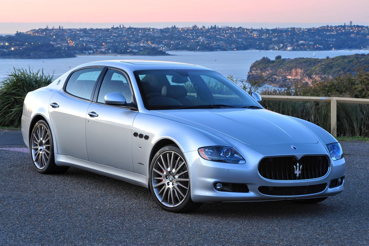 Maserati Quattroporte S 2012 photo - 1