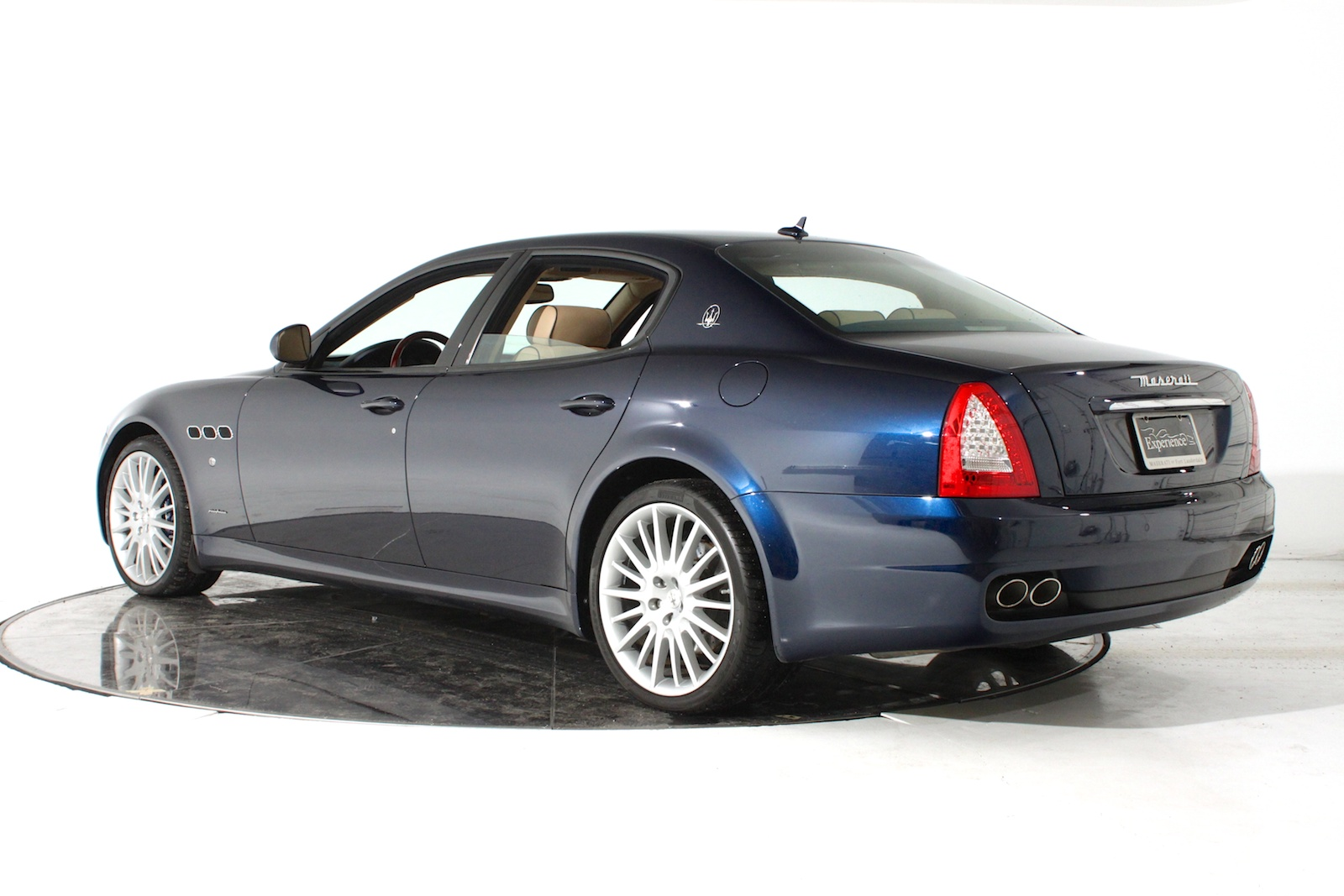 Maserati Quattroporte S 2012 photo - 9