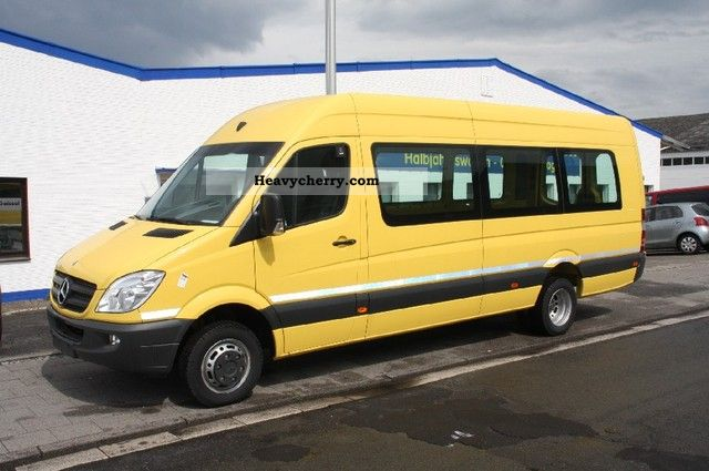 Mercedes-Benz Sprinter 415 2011 photo - 12